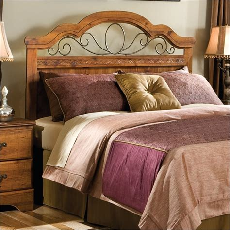 Hester Heights Queen Headboard In Dark Wood 61151