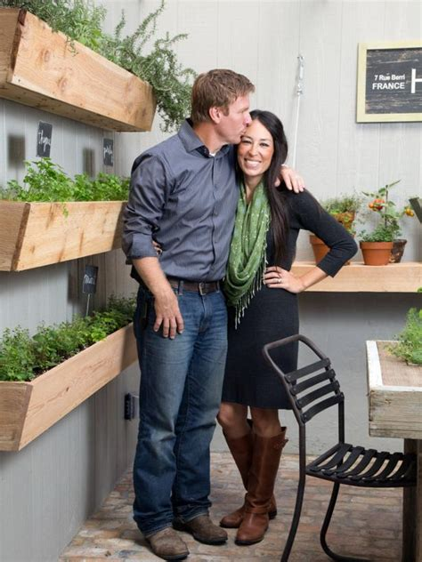 where do chip and joanna gaines live search viewer hgtv