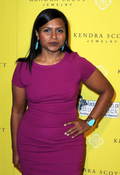 mindy kaling jewelry mindy kaling pictures kendra scott jewelry of beverly