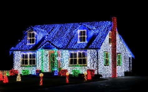 christmas lights on houses with music make your own christmas light show blessed beyond words