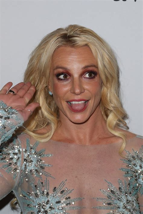 Britney Spears – Clive Davis Pre-Grammy 2017 Party in ... Britney Spears