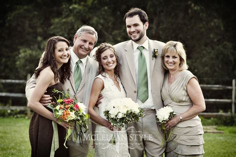 Amazing Wedding Pics by Family Photos 6 Steps To Amazing Wedding Day Family Formals