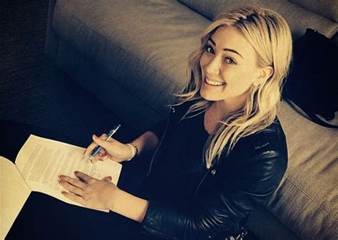 Hilary Duffs Single And Loving It by Hilary Duff New Single Quot Chasing The Sun Quot Teased On