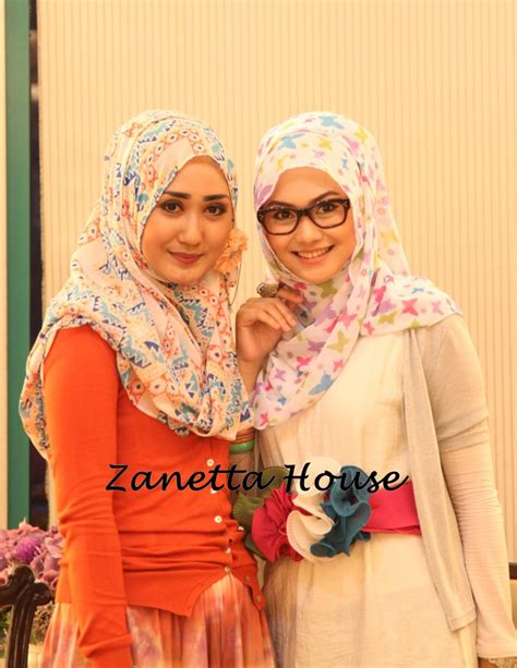 Marhaban Black Dress zanetta house who s wear zanetta house s shawl