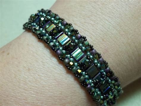 crossing paths bracelet tutorial   beaded path