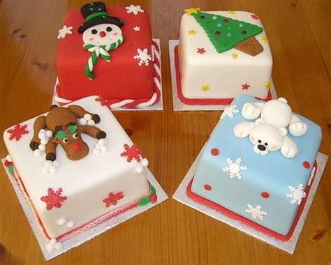 best 25 xmas cakes ideas on pinterest christmas cake