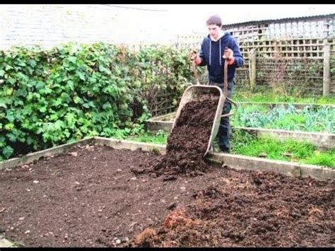 How To Prepare A Garden how to prepare raised beds for growing vegetables