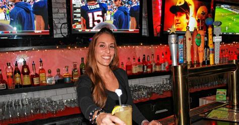 top sports bars in nyc best sports bars in new york city ny daily news