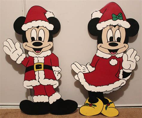 christmas 24 disney minnie mouse and mickey mouse