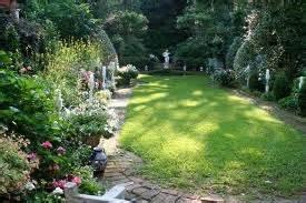 mrs whaley and charleston garden books tara dillard most copied garden in charleston sc