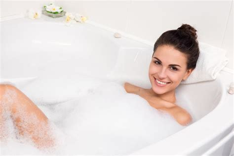 bathroom seks taka woda zdrowia ci nie doda oto jak szkodzą sk 243 rze