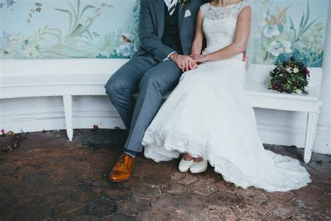 Budget Wedding Dales by How To Choose The Best Photographer For Your Budget
