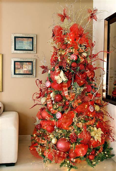 arbol d enavidad con colores naranjas arbol decorado en naranja intenso search navidad cocinas decoradas