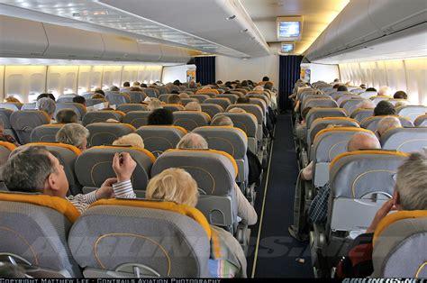 boeing 747 cabin boeing 747 430 lufthansa aviation photo 1358554