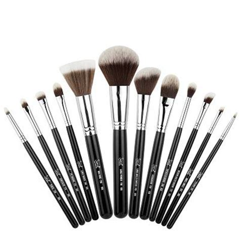 Make Up Sigma how to understanding makeup brush basics with sigma what s haute