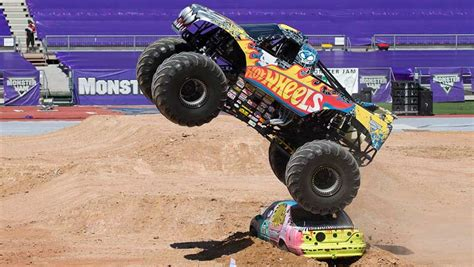 monster truck jam video monster jam monster truck 2015 review carsguide