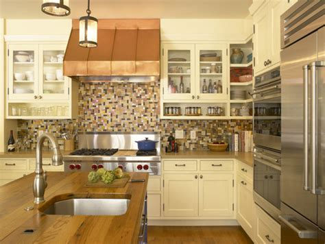 Kitchen Cabinet Shelves by Open Shelves Under An Upper Cabinet