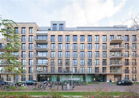 u shaped building de halve maen a symmetrical u shaped apartment building in amsterdam by mecanoo inspirationist