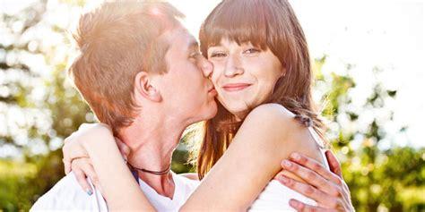 hal yg membuat wanita jatuh cinta pada pria 9 rahasia agar pria jatuh cinta pada anda serba sembilan