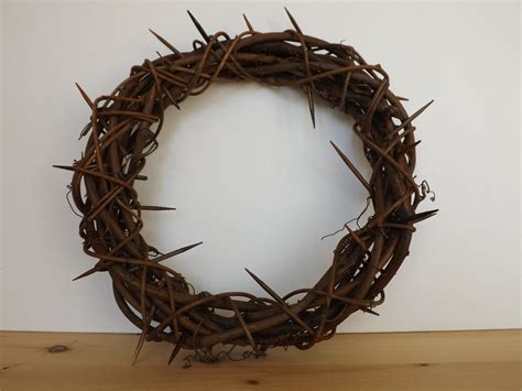 How To Make A Crown Of Thorns Out Of Paper - sewforsoul easter crown of thorns tutorial