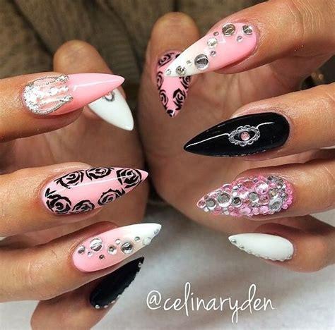 Zwarte Acryl Nagels by 17 Beste Idee 235 N Roze Zwarte Nagels Op
