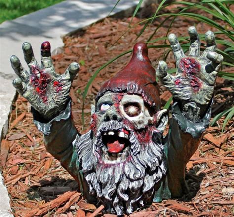 lawn gnome lawn gnomes gearfuse