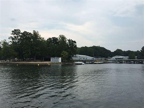 houseboat rentals lake anna va lake anna marina the lake anna visitor center