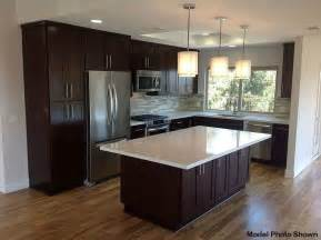 Contemporary Kitchen With Pendant Light By 3 Day Flooring