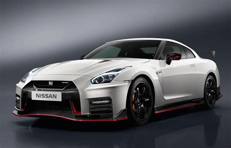 2017 Nissan Gt R Nismo Unveiled Performancedrive