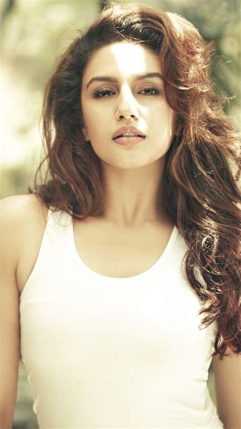 wallpaper huma qureshi actress bollywood hd