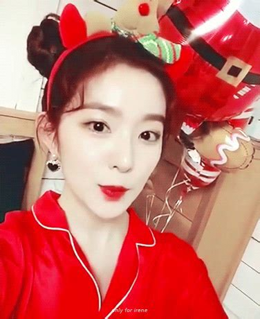 L V Irene Pouch velvet irene spotted in a completely new hairstyle in greeting