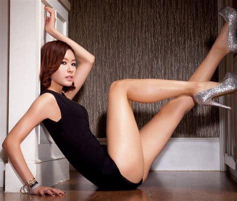 film erotis korea paling hot lee hyori leader girlband pemilik kaki paling seksi