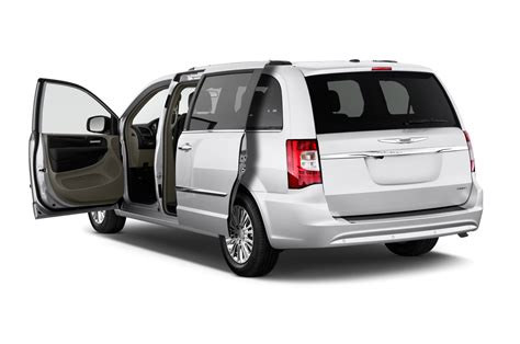 2015 chrysler town and country reviews 2015 chrysler town country reviews and rating motor trend