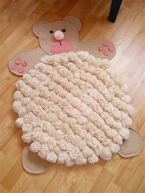 alfombra oso de pompones y crochet artesanal - Alfombra Oso Crochet
