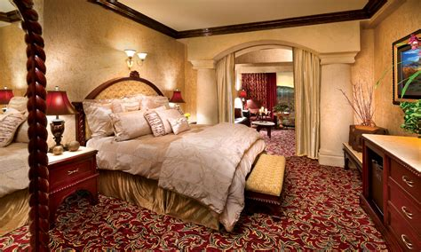 peppermill tower roman opulence super suite peppermill tuscany sienna suite peppermill resort hotel reno