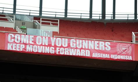 arsenal indonesia fb come on gunners keep moving forward arsenal banners