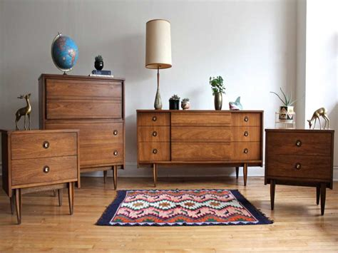 the one thing to do for mid century modern bedroom