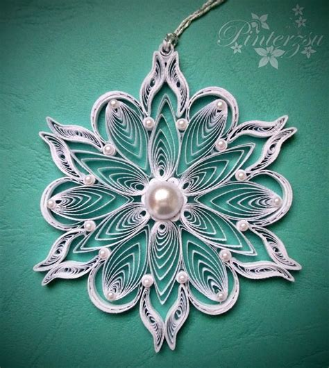 snowflake patterns quilling 1759 best quilled snowflakes images on pinterest