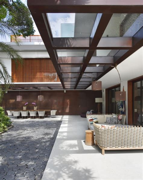 modern colonial contemporary colonial home in rio decorated in neutral palette
