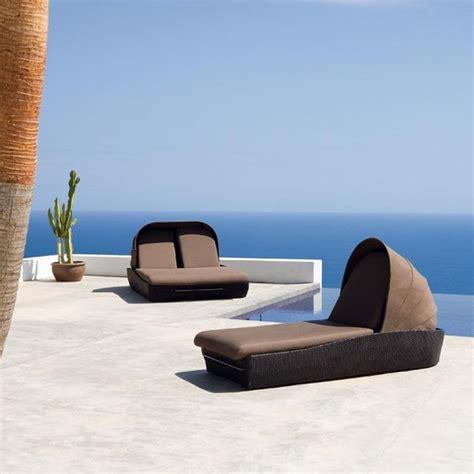 modern outdoor furniture for beautiful yard