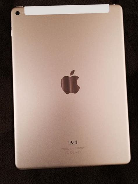 Air 2 Gold what do you think of the looks of the gold air 2