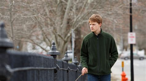 manchester by the sea review grief storms magnificent manchester by the