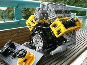 video miniature working v8 engine made completely of