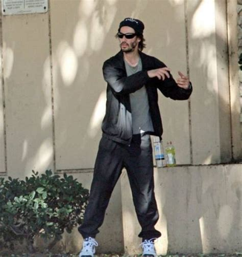Keanu In With Paparazzo by Keanu Reeves Lives His How He Wants To 16 Pics