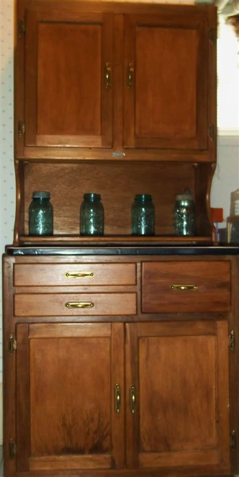 What Is A Hoosier Cabinet American Homestead What Is A Hoosier Cabinet