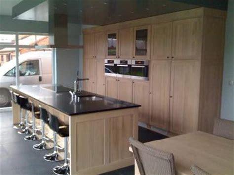 cuisine moderne sur mesure meubles de cuisines cuisines meuble de cuisine en ch 234 ne et granit sur mesure