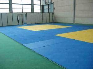 tappeti da palestra tappeti per karate materassi tappeti ginnastica