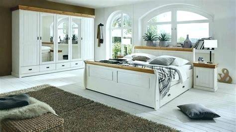 komplett schlafzimmer landhausstil schlafzimmer inspiration weis wei einrichten holz