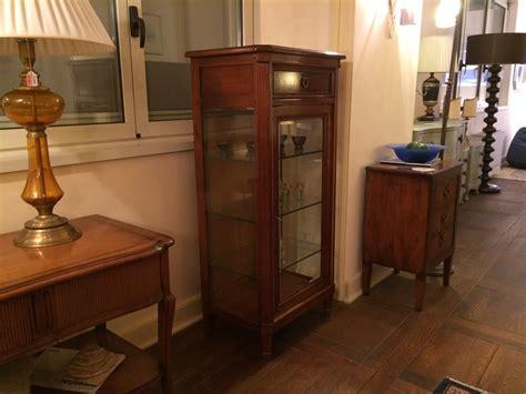grande arredo mobili classici vetrinetta classica grande arredo in sconto soggiorni a