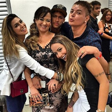 neymar family father mother sister son successstory